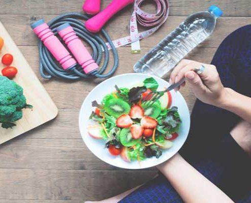 جهت جلوگیری از کشش بیش از حد معده در عمل های بای پس ، چه عادات غذایی را باید رعایت نماییم ؟