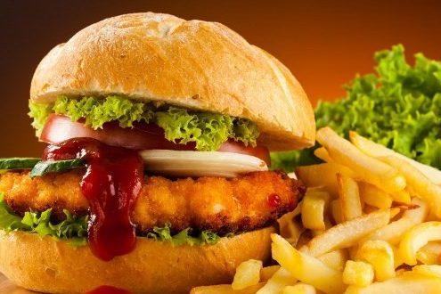 از غذاهای فست فودی کمتر استفاده کنید