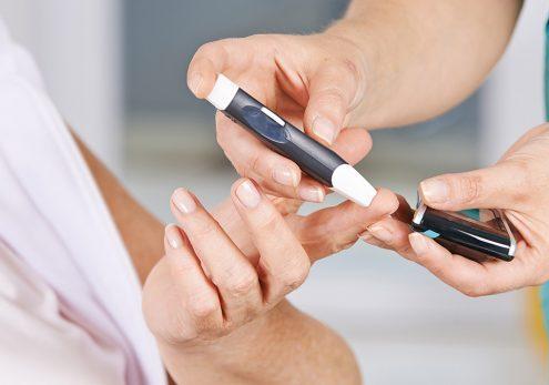 5-تست و اندازه گیری فردی میزان قند خون :