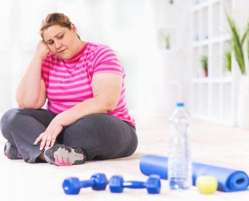 چاقی چه مشکلاتی در زندگی یک نفر ایجاد می کند؟