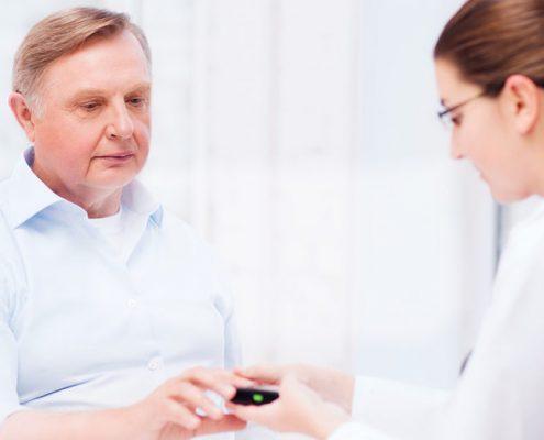 دکتر فوق تخصص دیابت برای مادران باردار چه توصیه ای دارد و بهترین راهکار آن چیست؟