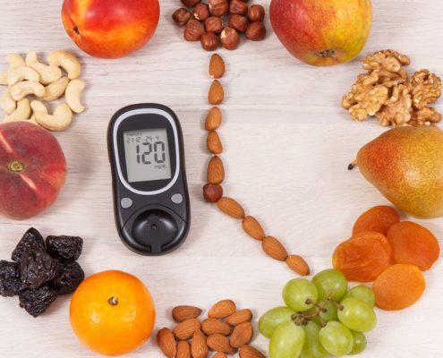 از میوه ها و خورای های که قند بسیار بالایی دارند تا حد امکان پرهیز کنید: