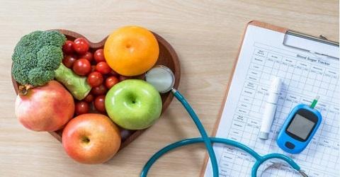 چه رژیم غذایی داشته باشیم که هم باعث کاهش وزن و هم کنترل قند خون و دیابت شود؟