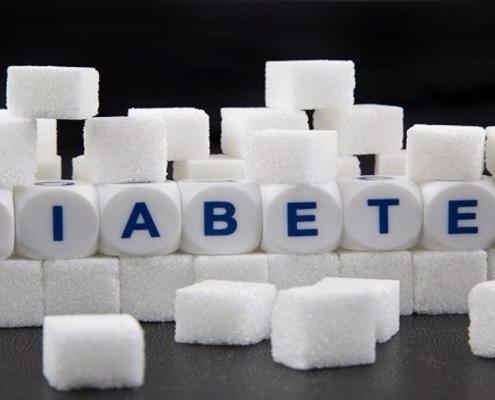 افراد چاق مبتلا به دیابت برای کنترل بیماری می بایست چه اقداماتی انجام دهند؟