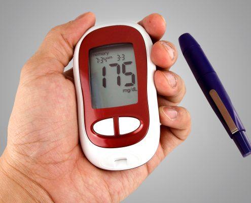 چه رژِیم غذایی داشته باشیم که علاوه بر کاهش وزن در درمان سریع دیابت نیز موثر باشد؟