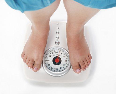 چگونه می توان شاخص های وزنی یک فرد را محاسبه کرد و از آن به عنوان یک معیار استاندارد برای انجام عمل اسلیو استفاده کرد؟