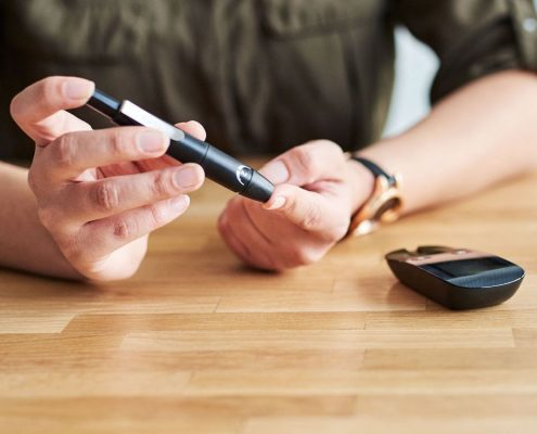 دیابت چیست و هدف از درمان قطعی دیابت و کنترل متابولیک به چه صورت می باشد؟