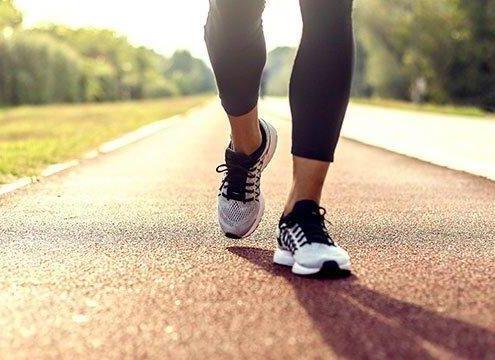 برای ورزش از کفش خوب استفاده کنید