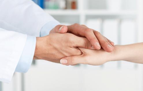 در هنگام مراجعه به پزشک جراح عمل اسلیو چه نکاتی را باید با او در میان بگذاریم ؟
