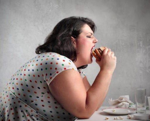 پزشکان کلینیک چاقی واقع در بیمارستان رسول اکرم از چه ویژگی هایی برخوردارند؟