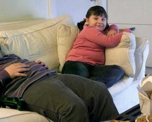 تحرک نداشتن چه تاثیری بر روی چاقی در کودکان دارد؟