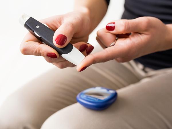 منظور از بیماری دیابت چیست و آیا این بیماری انواع مختلفی دارد؟