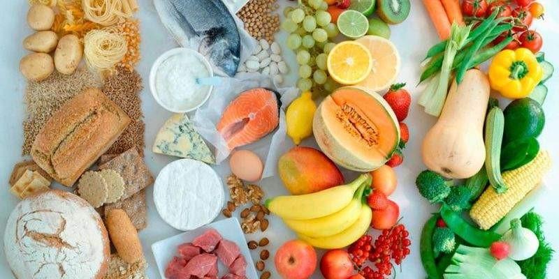 آیا بعد از عمل بای پس معده در نظر گرفتن رژیم غذایی مناسب اهمیت دارد و در رژیم غذایی بیمار چه موادی باید قرار داشته باشد؟