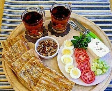 صبحانه به عنوان مهم ترین وعده غذایی