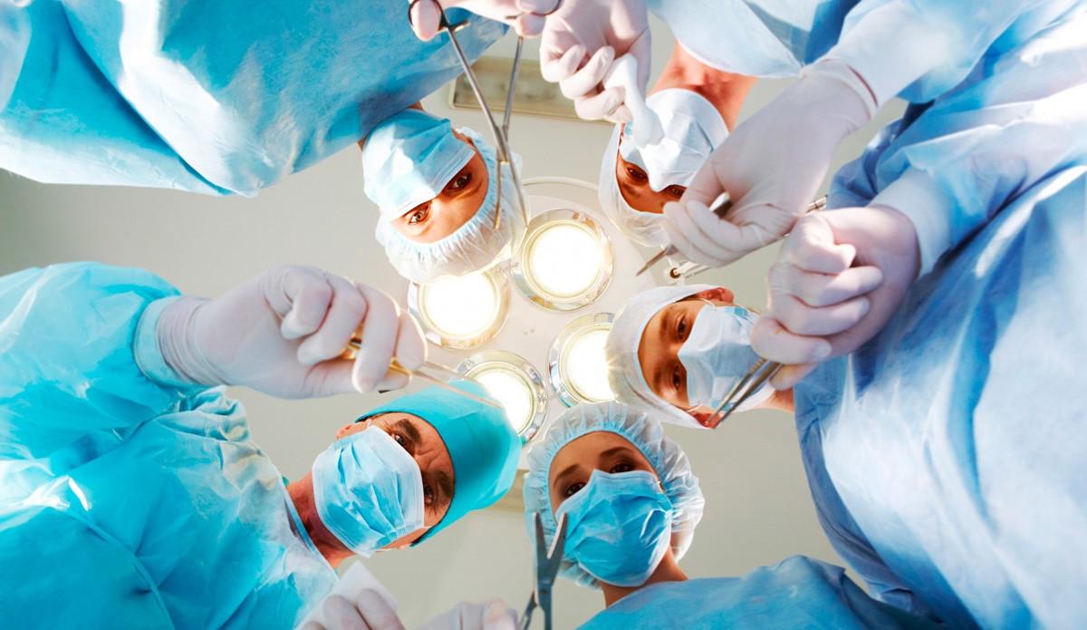 جراحی بالون معده به عنوان یکی از انواع عمل های لاغری است