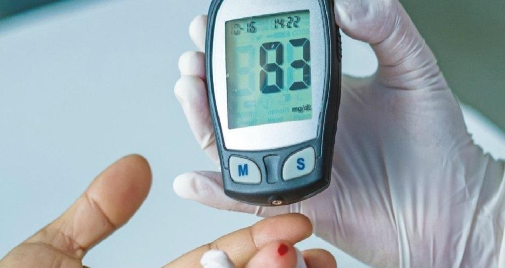 دیابت چه نوع بیماری است و موجب فراهم نمودن چه بیماریهای دیگری میشود؟