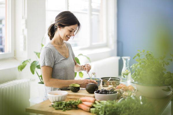 بعد از عمل حلقه معده چه مواد غذایی میتوان مصرف کرد؟