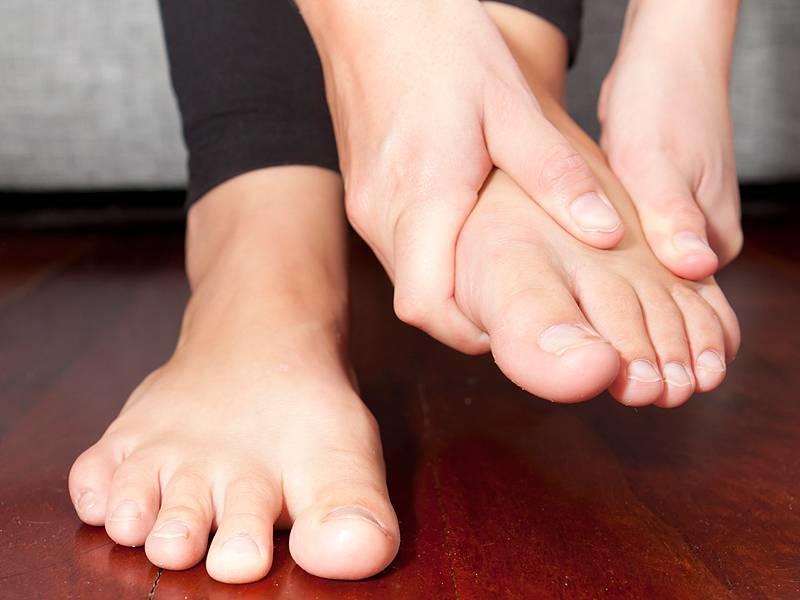 موارد زمینه ساز در مشکلات پای دیابتی