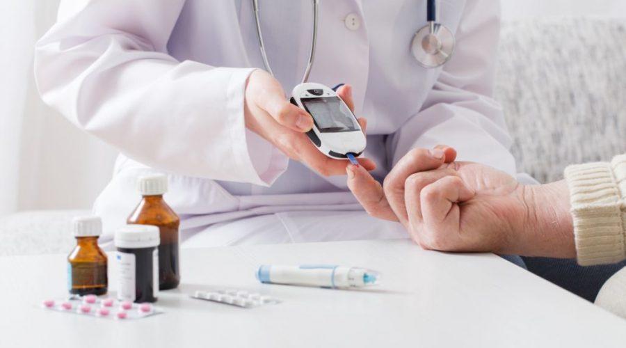 کنترل با رژیم های مختلف غذایی مخصوص به دیابت
