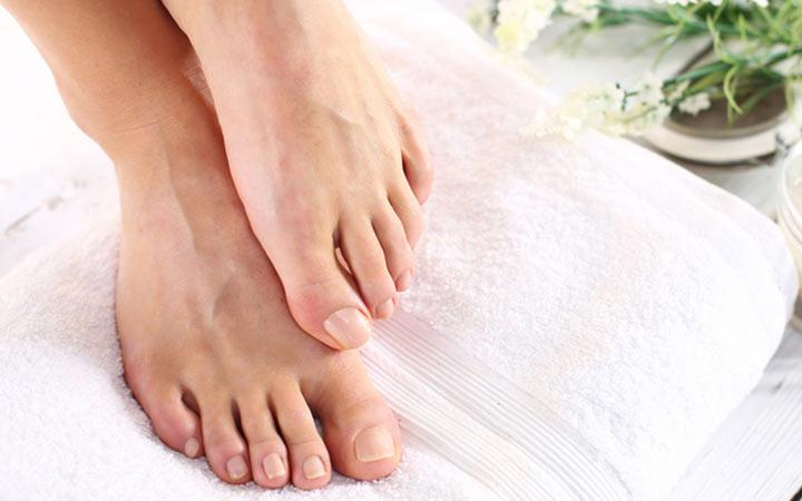 چه علائمی ممکن است با پای دیابتی اشتباه گرفته شوند؟