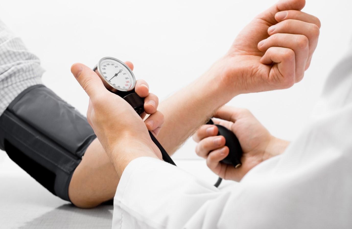 خطرهای احتمالی برای اشخاص دارای فشار خون بالا