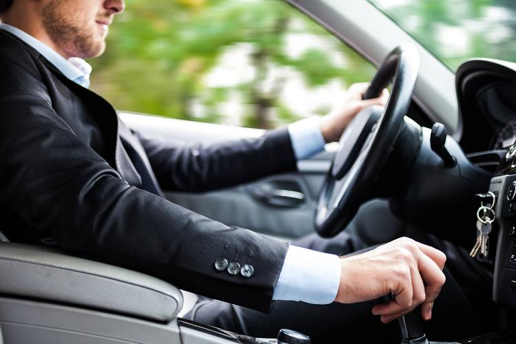 بعد از گذشت چه مدتی از جراحی اسلیو معده می توان دوباره رانندگی کرد؟