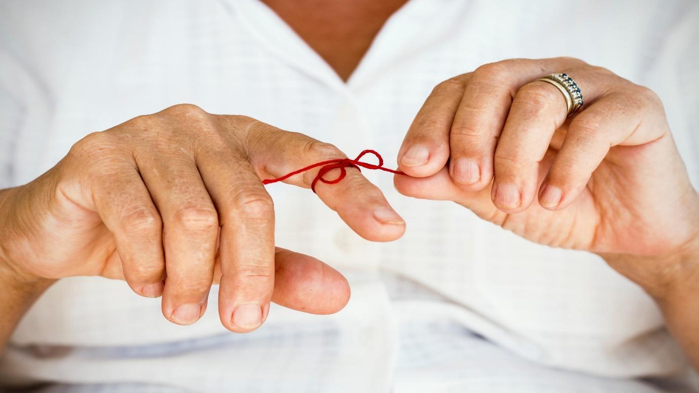اگر میزان گلوکز خون را به طور مداوم اندازه بگیریم ایا به ما کمکی می کند؟