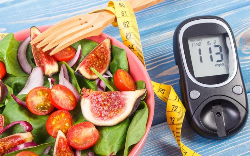 آیا در وعده صبحانه یک بیماری دیابتی، امکان استفاده از شیرینی جات وجود دارد؟