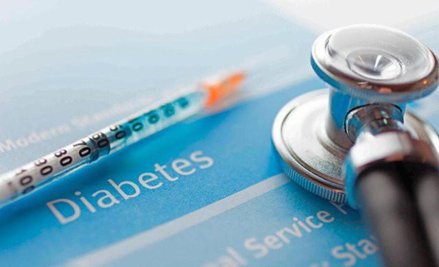 مراجعه به متخصص و دریافت رژیم دیابتی هر چند وقت یک بار باید انجام شود؟