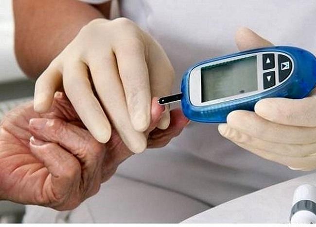 چرا از انسولین برای بیماران دیابت استفاده می شود