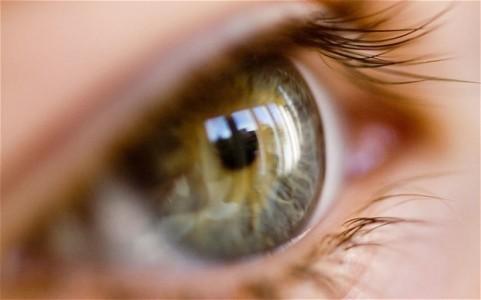 آیا در زمینه ی باره های زمانی مربوط به تکرار تزریق در چشم دیابتی اطلاعاتی دارید؟