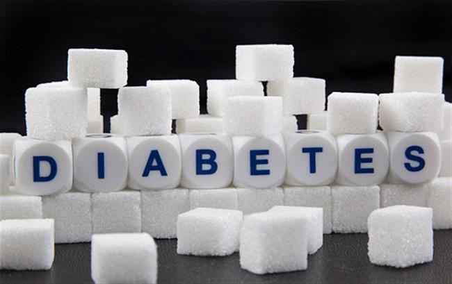 چه زمانی بیماری دیابت اتفاق میافتد و آغاز درمان آن چگونه میباشد؟
