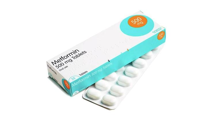 مهم ترین کاربرد این دارو این است که سطح قند را در خون افراد کنترل و تنظیم می نماید