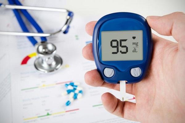 اگر نتیجه آزمایشها در ۲ نوبت به این عدد به ثبت برسد، تایید میشود که شخص دچار دیابت میباشد