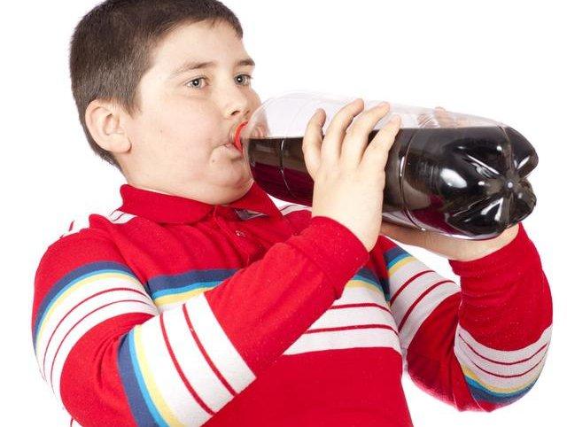 استفاده از نوشیدنیهایی که شیرینی آنها بسیار زیاد میباشد