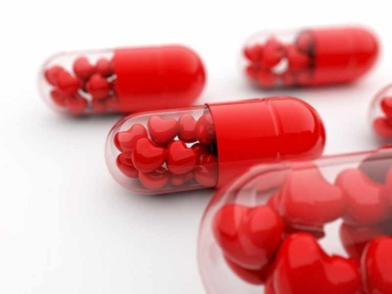 مصرف داروی نیلفورمین همراه برخی از دارو های دیگر ممکن است که موجب کاهش میزان زیادی از قند خون شود به همین دلیل به هیپوگلیسمی منجر گردد.