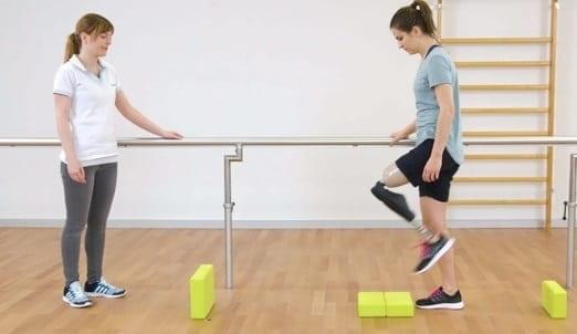 بهبود توانایی راه رفتن