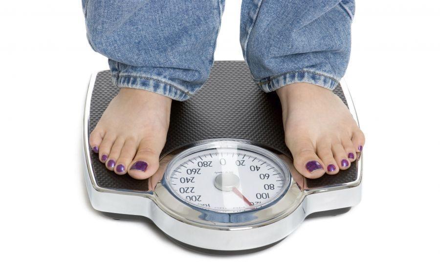 در مواردی که میزان شاخص توده بدنی افراد بین 5/18 الی 9/24 می باشد: